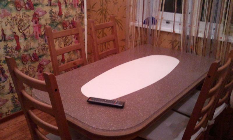 Кухонный стол из камня